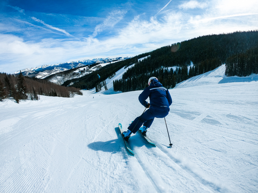 ski.com's epic dream job vail