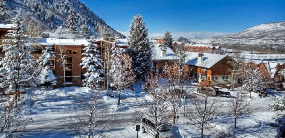 Save 20% on lodging + Kids Ski Free