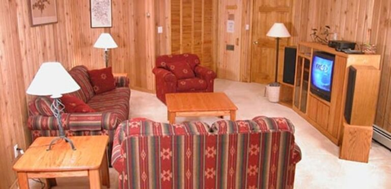 Ski Trail Lodge Homes