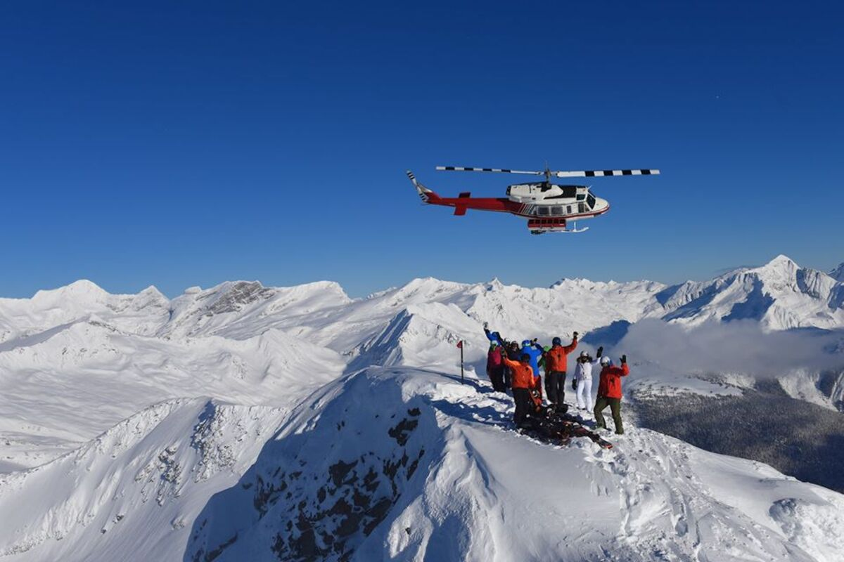 [https://www.ski.com/heli-skiing/canadian-mountain-holidays](https://www.ski.com/heli-skiing/canadian-mountain-holidays)
