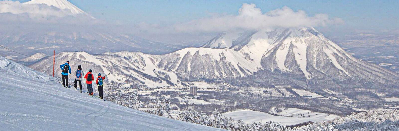 japan ski trip ski.com, guided ski vacation hokkaido, rusutsu ski trip, kiroro ski trip